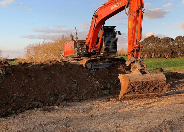 excavator-clearing-land-nz